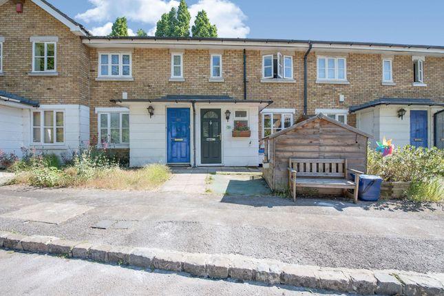 The Property of Royal Close, Stoke Newington N16