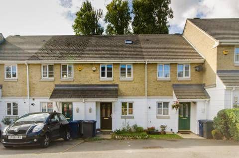 Thumbnail Semi-detached house to rent in Halton Close, Friern Barnet