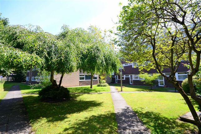 Thumbnail Flat for sale in St Marys Mount, Cottingham, East Riding Of Yorkshire