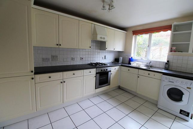 Thumbnail Property to rent in Westminstor Drive, London