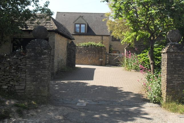 Thumbnail Cottage to rent in The Ridings, Stonesfield, Witney