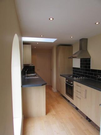 Thumbnail Flat to rent in Oliver Street, Rugby, Warwickshire