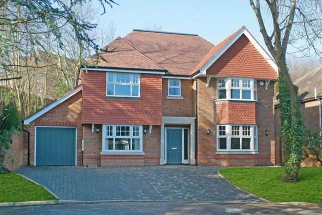 Thumbnail Detached house for sale in Oakleigh, Sevenoaks, Kent