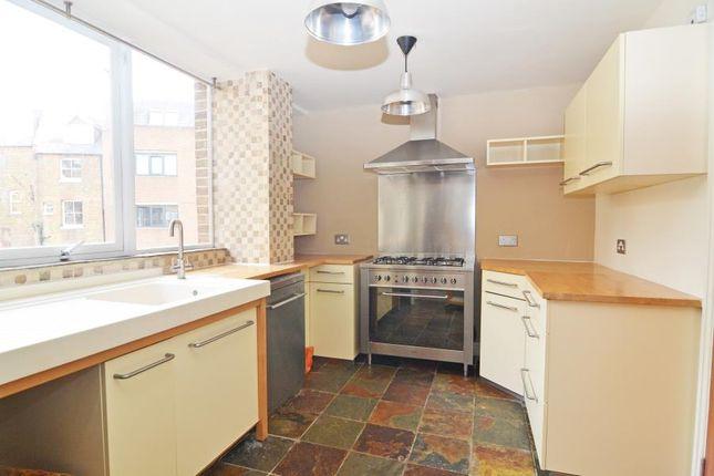 Thumbnail Flat to rent in Broad Street, Teddington