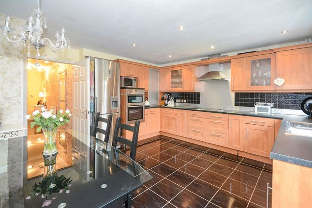 Thumbnail Terraced house for sale in Monarch Way, York