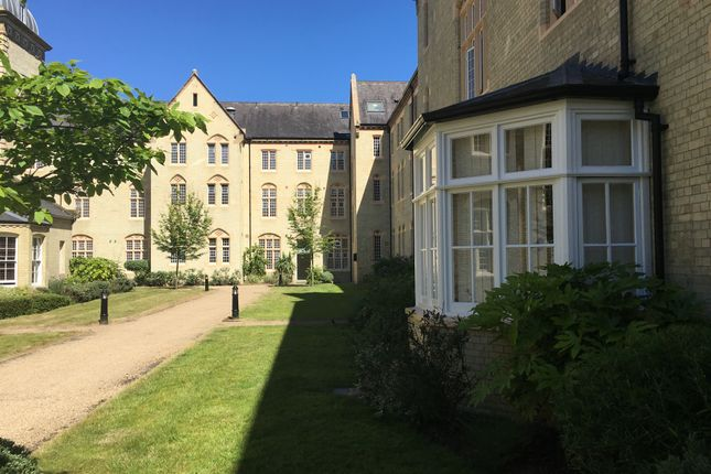Thumbnail Flat for sale in South Wing, Kingsley Avenue, Stotfold