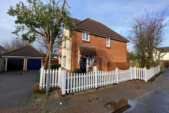 Thumbnail Semi-detached house for sale in Handleys Chase, Noak Bridge