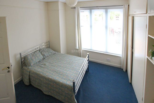 Thumbnail Terraced house to rent in Upper Redlands Road, Reading, Berkshire