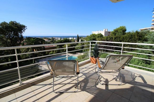 Apartment for sale in Antibes, Provence-Alpes-Cote D'azur, 06600, France