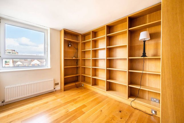 Thumbnail Flat for sale in King Charles House, Fulham, London