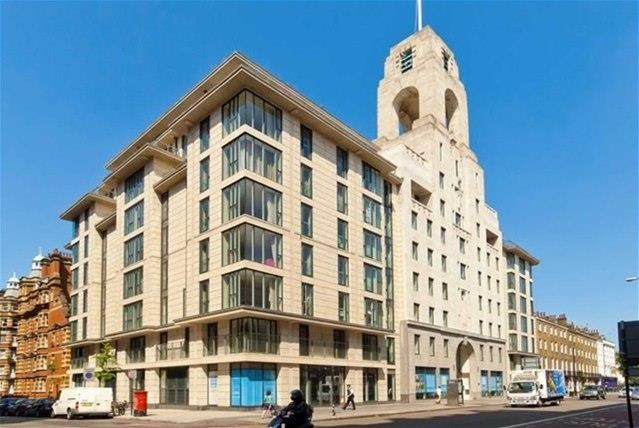 Thumbnail Flat to rent in Penthouse, Park View Residence, Baker Street