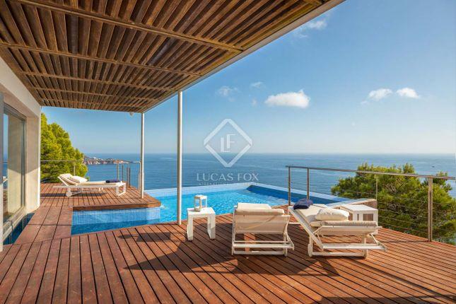 Thumbnail Villa for sale in Spain, Costa Brava, Sant Feliu De Guíxols, Cbr5017