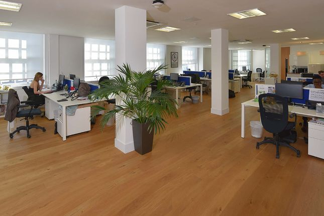 20  Broadway Studios, Hammersmith  W6 Office To Let West London, Office A