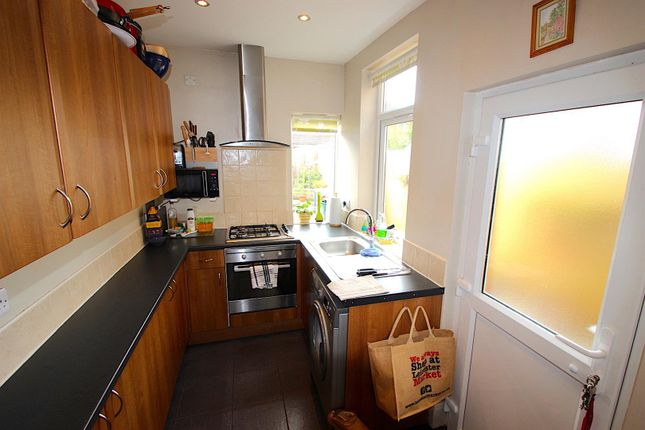 Kitchen of Joyce Road, Leicester LE3
