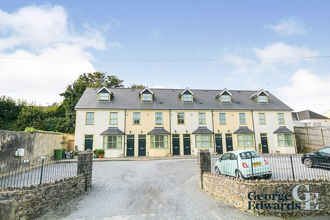 2 bed maisonette to rent in Primrose Cottages, Commons Road, Pembroke SA71