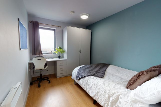 Thumbnail Flat to rent in Queensland Place, 2 Chatham Place, Liverpool, Merseyside