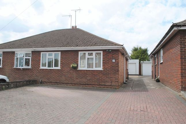 Thumbnail Bungalow for sale in Morris Avenue, Rushden