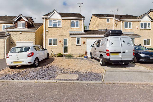 Thumbnail Detached house for sale in Warren Close, Liversedge