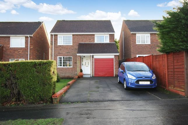 Thumbnail Detached house for sale in Kings Copse Road, Hedge End, Southampton
