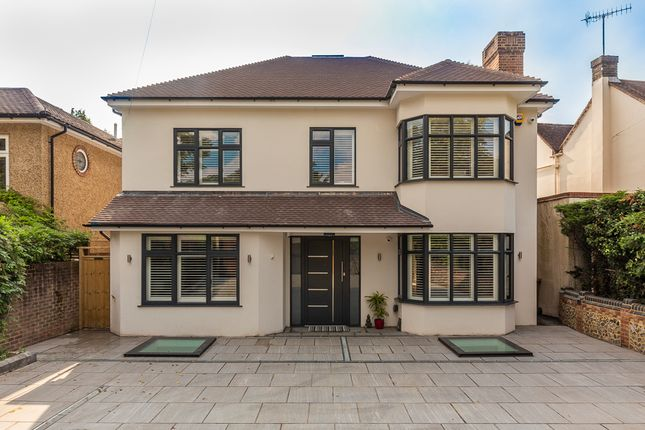 Thumbnail Detached house for sale in Gypsy Lane, Kings Langley