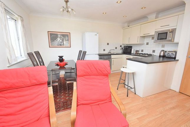 Thumbnail Flat for sale in Hawks Road, Norbiton, Kingston Upon Thames