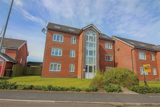 Thumbnail Flat to rent in Grasmere Drive, Bury, Greater Manchester