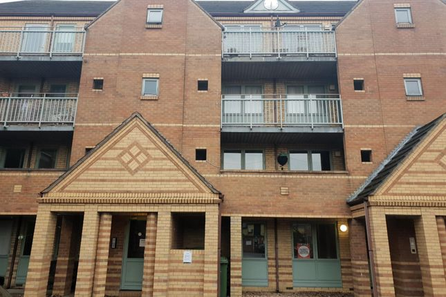 Thumbnail 2 bed flat to rent in 13 Manor Court, Grimsby