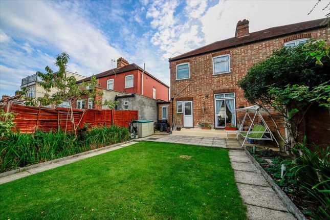 4 bed semi-detached house to rent in Dover Road, London N9