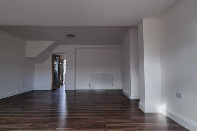 Thumbnail Terraced house to rent in Hillside Road, Southall