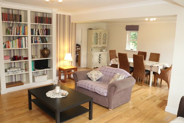 Thumbnail Detached house to rent in The Chenies, Petts Wood, Petts Wood, Orpington, Kent