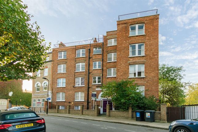 Thumbnail Flat to rent in Hemstal Road, West Hampstead
