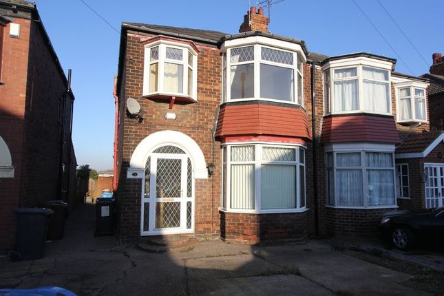 Thumbnail Semi-detached house to rent in Guildford Avenue, Hull