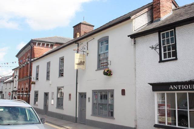 Thumbnail Pub/bar for sale in Hereford Street, Presteigne