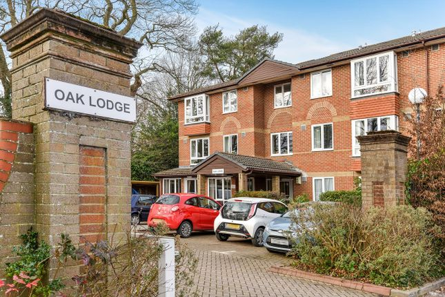 Thumbnail Property for sale in New Road, Crowthorne