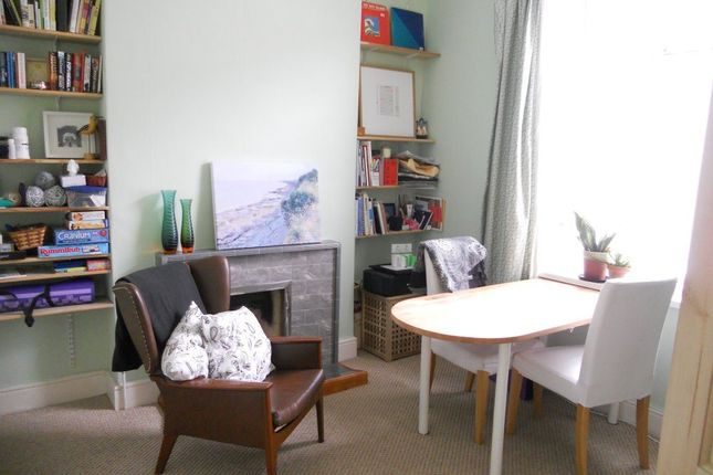 4 bed end terrace house to rent in Plassey Street, Penarth CF64