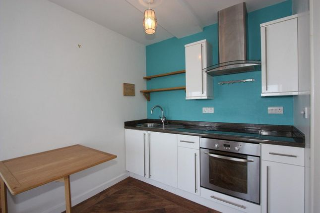Thumbnail Flat to rent in Church Street, Falmouth