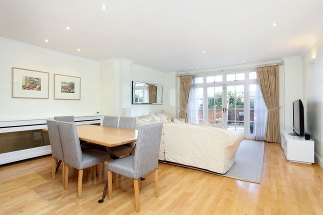 Thumbnail Flat to rent in King Stable Street, Eton, Windsor