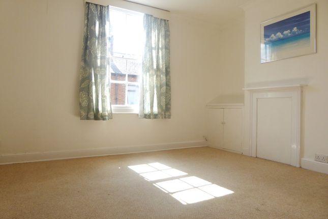 Living Room of Newark Street, Reading RG1