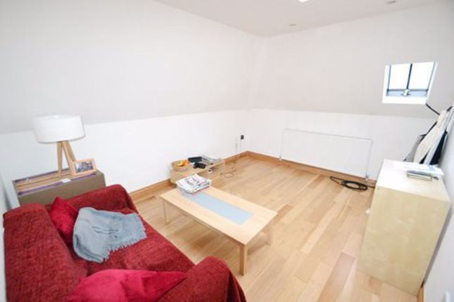Thumbnail Flat to rent in Ossulton Way, London