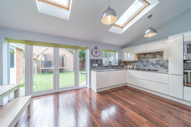 Kitchen/Diner of The Thatchers, Thorley, Bishop's Stortford CM23