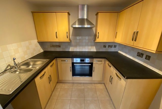 Thumbnail Flat to rent in Coverdale Road, Paignton