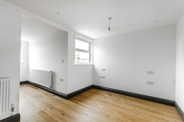 Thumbnail Flat for sale in Buxton Gardens, Acton