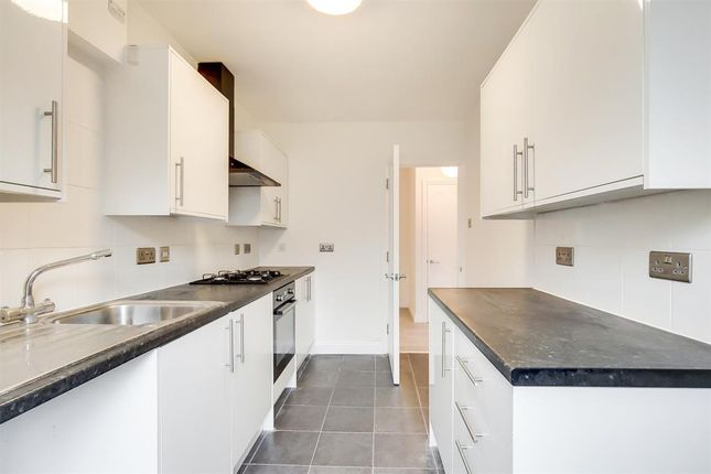 Flat for sale in Adelaide Avenue, Brockley