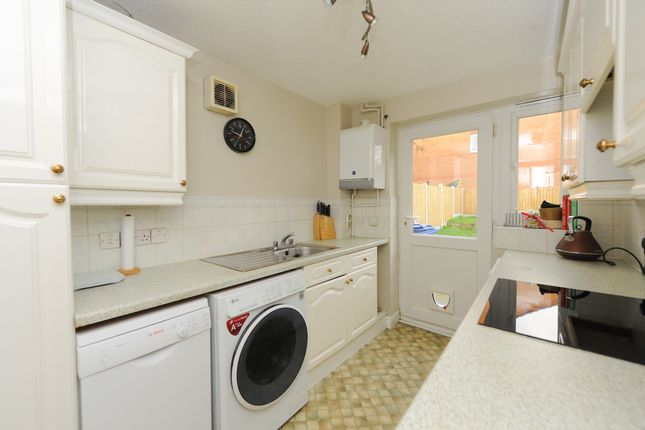Kitchen of Old House Road, Chesterfield S40