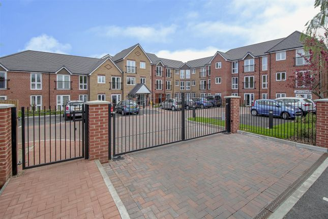 Thumbnail Flat for sale in Carpenter Court, Hickings Lane, Stapleford, Nottingham