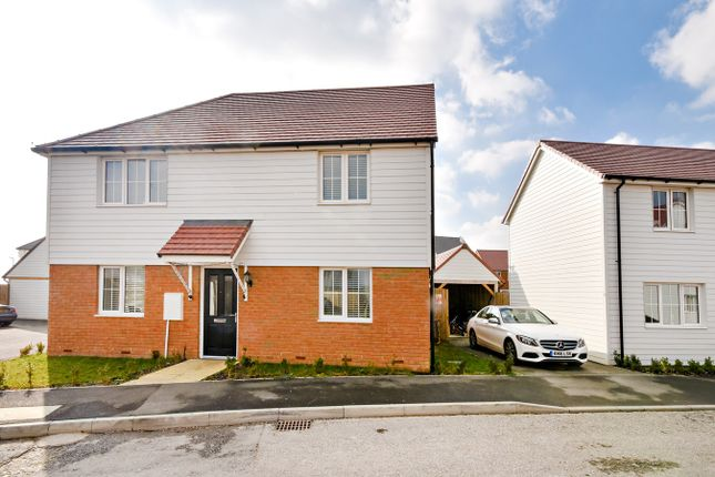 Thumbnail Detached house for sale in Admiral Drive, Hythe
