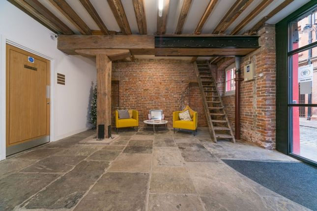 Thumbnail Room to rent in High Street, Hull