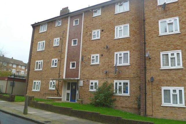 Thumbnail Flat to rent in Dahlia Road, Abbey Wood