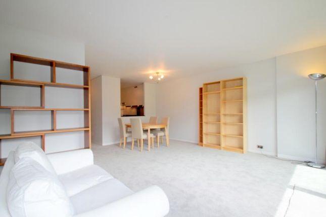 Picture No.24 of Defoe House, Barbican, London EC2Y