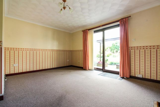 Lounge A of Vinery Court, Ramsey, Huntingdon, Cambridgeshire PE26